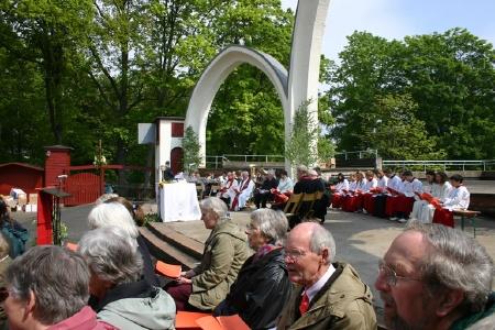 Pfingstgottesdienst auf der Schlossparkbühne