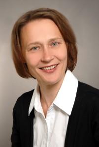 Ich, <b>Katja Simon</b>, bin Jahrgang 1971 und in Auerbach im sächsischen Vogtland ... - Katja-Simon