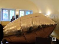 Ein goldenes Kissen in der Kreuzkapelle