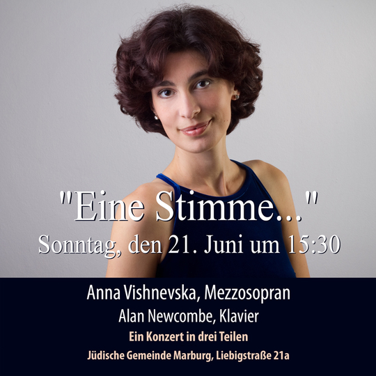 Anna Vishnevska in der Synagoge