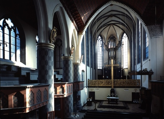 Innenraum (Bildarchiv Foto Marburg)